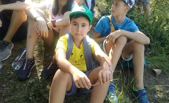 kids group trekking and rest