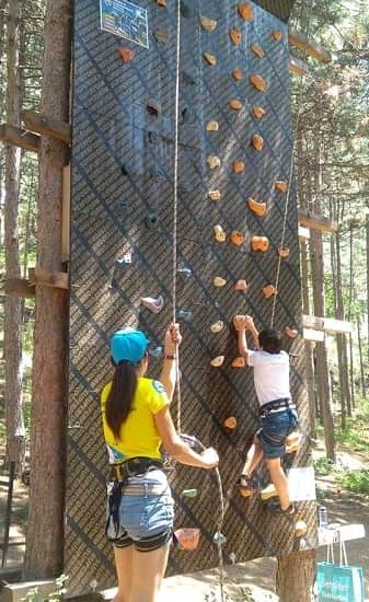 climbing during children's camp