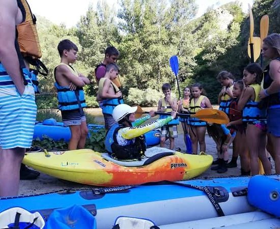 safety instructions during children's camp